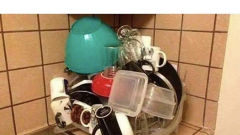 How a man washes dishes meme