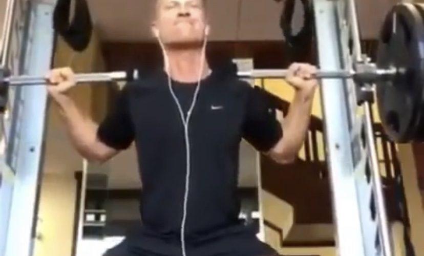 Gym squat fail