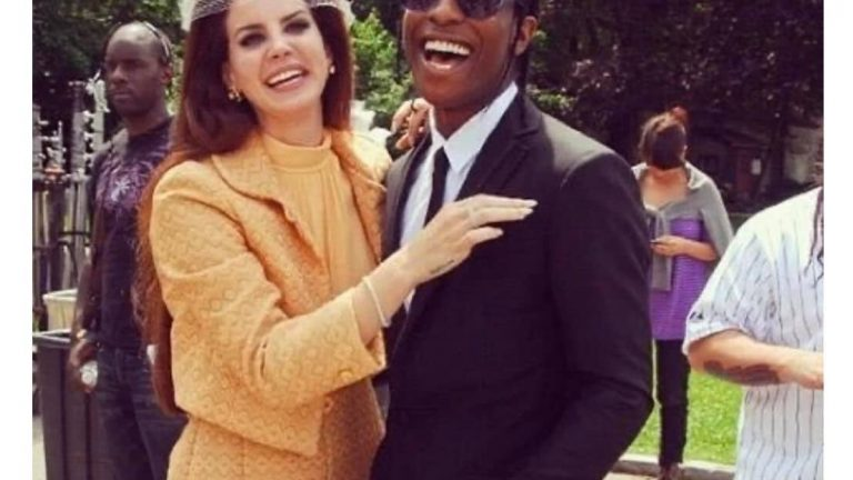 Imma tell my kids this JFK and Jacqueline Kennedy meme