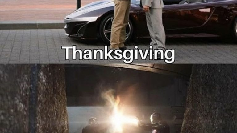 Thanksgiving VS Black Friday meme