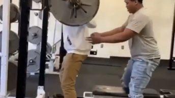 Squat fail in gym