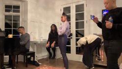 Jennifer Hudson sings Marlon Wayans out of his pants