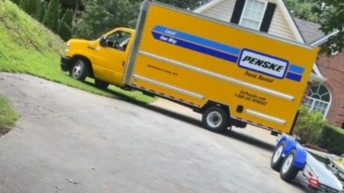 Ladies get moving truck stuck