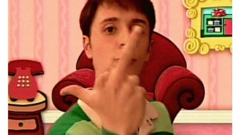 Steve wasn't talking to any of you born after '97 Blues Clues meme