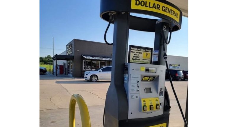 When did this happen? I've never seen this before Dollar General gas station meme