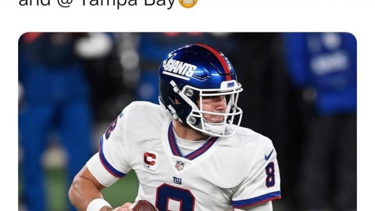 Daniel Jones is 0-6 in prime time games. He next 2 are at Kansas City and Tampa Bay meme